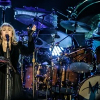 FLEETWOOD MAC is back: Christine McVie sings again as the tour starts anew | Music | The Guardian